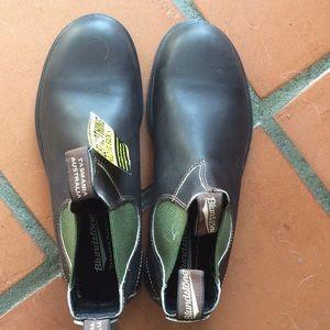 Blundstone 519 men's 9 brown with green elastic